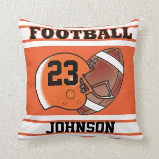 Le football orange et blanc oreiller