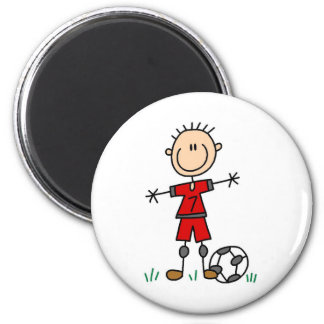 Le football uniforme rouge de garçon magnet rond 8 cm