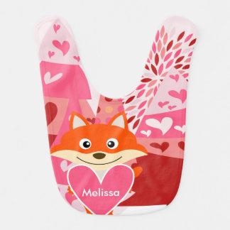 Le Fox rouge et les coeurs ont customisé le bavoir