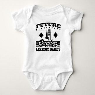 LE FUTUR COIFFEUR AIMENT MON PAPA BODY