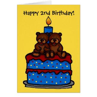 le garçon jumeau concerne l'anniversaire 2 de gâte carte de vœux