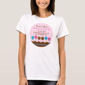 Le gâteau saute le T-shirt de boulangerie