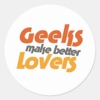 Le geeks fait de meilleurs amants sticker rond