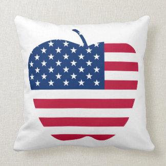 Le grand drapeau NYC d'Apple Amérique Coussin