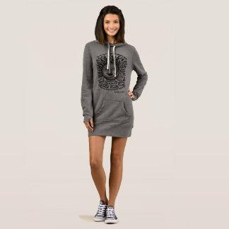 le gris et le sweat - shirt à capuche des femmes