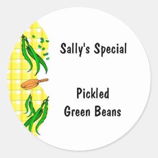Le jaune d'haricots verts vérifie les étiquettes