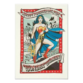 Le jour de mère heureux de la femme de merveille carton d'invitation 8,89 cm x 12,70 cm