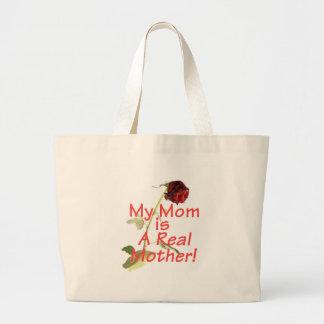 Le jour de mère ma maman est une vraie mère ! Sac