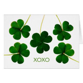 Le jour de St Patrick pour l'épouse, shamrocks de Carte De Vœux