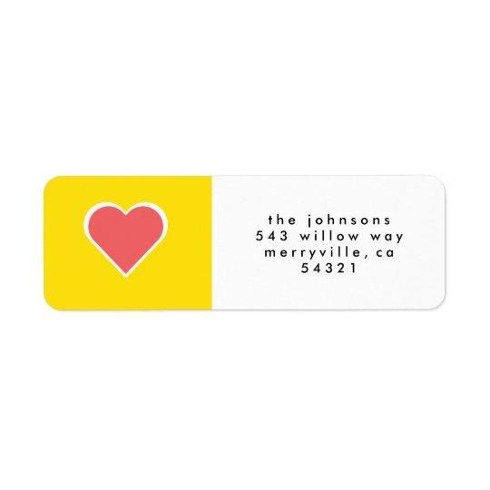 Le joyeux et lumineux amour de vacances entendent étiquettes d'adresse retour