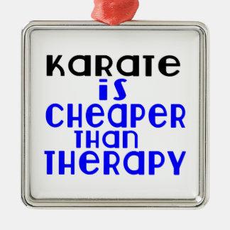 Le karaté est meilleur marché que la thérapie ornement carré argenté