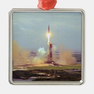 Le lancement de Saturn IB de projet d'essai Ornement Carré Argenté