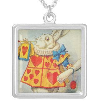 Le lapin blanc pendentif carré