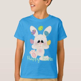 Le lapin de Pâques badine le T-shirt de vacances