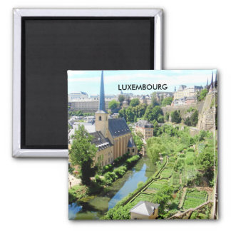 LE LUXEMBOURG MAGNET CARRÉ
