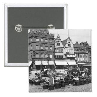 Le marché au Trier, c.1910 Badge