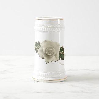 Le mariage vintage s'est levé chope à bière