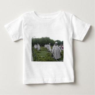 Le mémorial du combattant de Guerre de Corée T-shirt