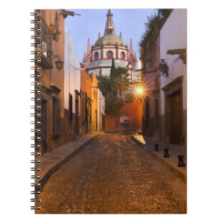 Le Mexique, San Miguel de Allende. Début de la mat Carnet À Spirale