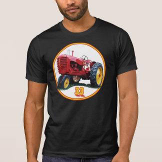 Le model 33 t-shirts