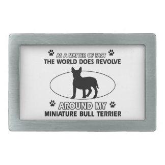 Le monde tourne autour de mon bull-terrier miniatu boucle de ceinture rectangulaire