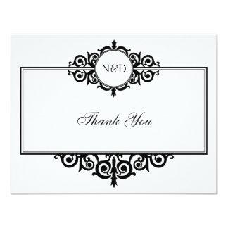 Le monogramme blanc noir de rouleau vous carton d'invitation 10,79 cm x 13,97 cm