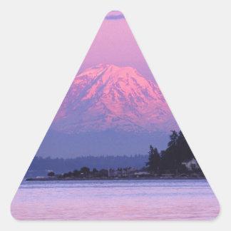 Le mont Rainier au coucher du soleil, l'état de Sticker Triangulaire