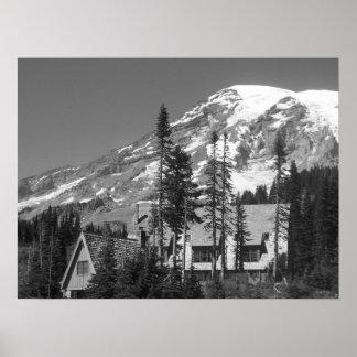 Le mont Rainier noir et blanc Posters