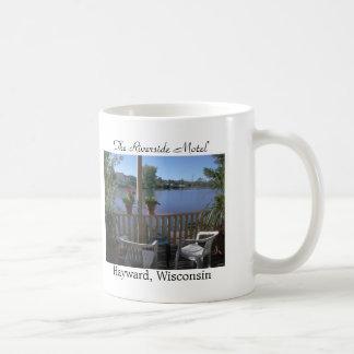 Le motel de rive, patio mug