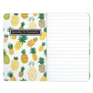 Le motif à la mode   d'ananas ajoutent votre nom carnet de poche