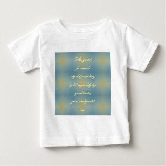 """Le motif jaune bleu bébé """"a créé miracle"""" t-shirts"""