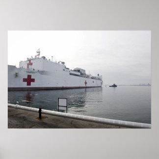 Le navire-hôpital militaire de commande de posters