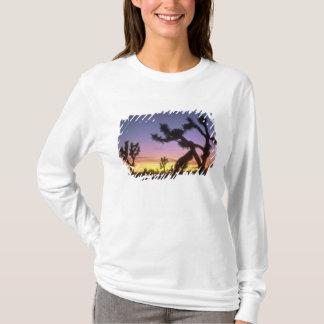 LE NEVADA. LES Etats-Unis. Brevifolia de yucca T-shirt