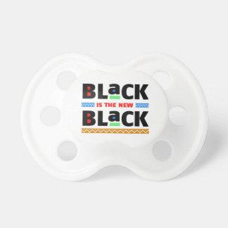 Le noir est le nouveau noir tétine