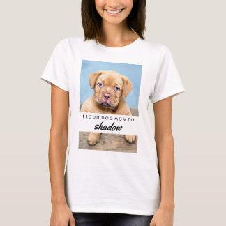 Le nom de votre chien et la maman fière de chien t-shirt