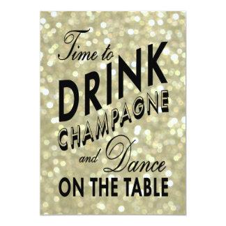 Le nouvel an d'or de boire l'invitation de carton d'invitation  12,7 cm x 17,78 cm