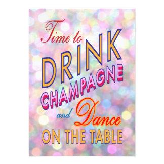 Le nouvel an lumineux de boire l invitation de