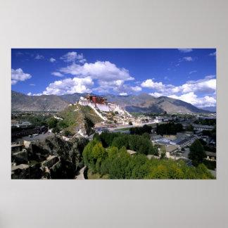Le Palais du Potala sur la gamme de montagne de l' Affiches