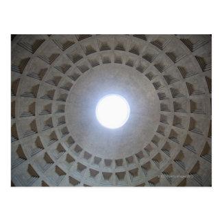 Le Panthéon est construit selon Carte Postale