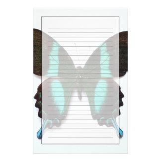Le papillon a trouvé dans les régions de l'Asie et Papier À Lettre Personnalisable