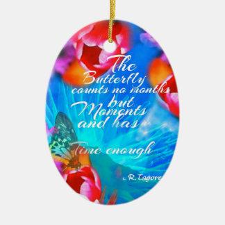 Le papillon vit seulement des moments heureux ornement ovale en céramique