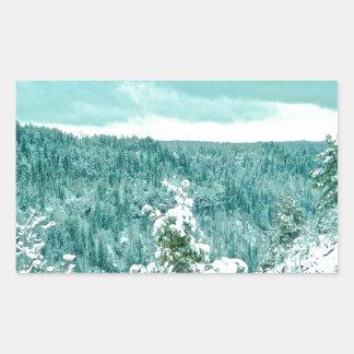 Le pays des merveilles d'hiver de forêt de autocollants rectangulaires