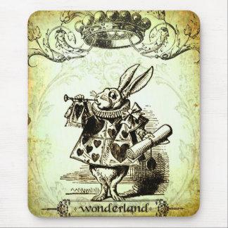 Le pays des merveilles lunatique tapis de souris