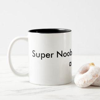 Le peloton superbe de Noob a eu besoin d'une tasse