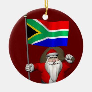 Le père noël avec le drapeau de l'Afrique du Sud Ornement Rond En Céramique