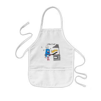 Le petit chef badine le tablier