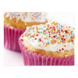 Le petit gâteau avec arrose cartes postales