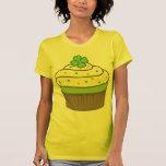 Le petit gâteau de St Patrick T-shirt