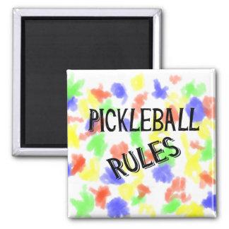 le pickleball ordonne la boule noire de conserves magnet carré