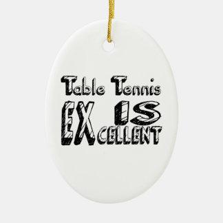 Le ping-pong est excellent ornement ovale en céramique